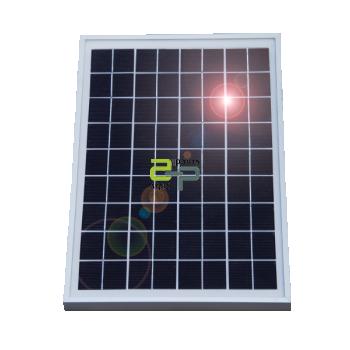 päikesepaneel 15w elektrikarjusele.jpg